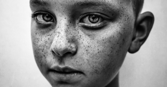 child-photo-black-white-photos-winners-2018-thumbnail.jpg
